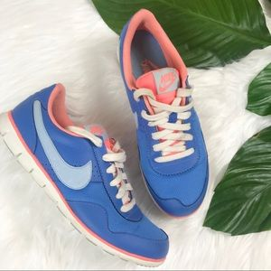 {Nike} Blue & Coral Sneakers Size 8.5